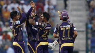 David Warner departs for Sunrisers Hyderabad against Kolkata Knight Riders in IPL 2014