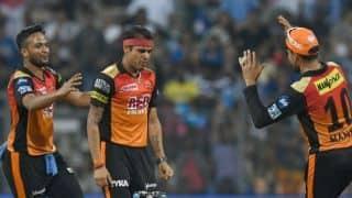 आईपीएल के सबसे  ज्यादा रन खाने का अनचाहा रिकॉर्ड इस खिलाड़ी ने किया अपने नाम