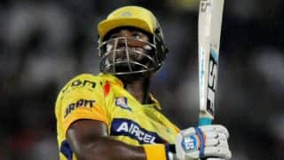 Dwayne Smith out early as Chennai Super Kings crawl