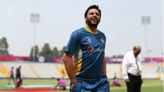 बॉक्सर आमिर के बाद अब क्रिकेटर आफरीदी भी करेंगे LOC का दौरा