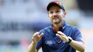 Hesson congratulates Shastri for retaining India head coach role