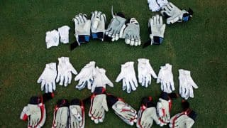 Ranji Trophy 2015-16: Bhatt's 6-for bowls TN out for 155 vs Baroda on Day 2