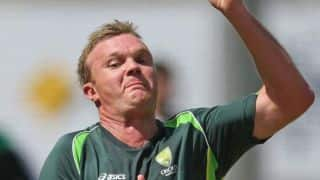 Doug Bollinger reprimanded for using offensive language in Big Bash
