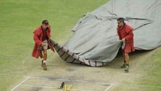 Rain stops play; South Africa 497/8 at tea