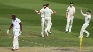 फिर लड़खड़ाई वेस्टइंडीज बल्लेबाजी, फॉलोआन का खतरा