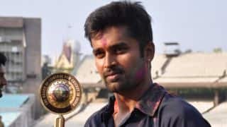 Vinay Kumar felicitated with Karnataka Rajyotsava Award