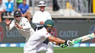 Watch: Latham's astounding catch to dismiss Du Plessis on Day Two of 3rd Test