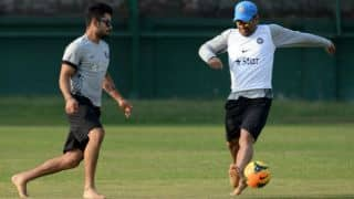 India play football ahead of ICC World T20 2014 final against Sri Lanka