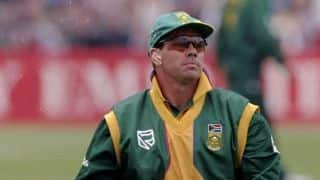 ICC World Cup 1999: South Africa coast to win over India and there is tumult in ear-piece