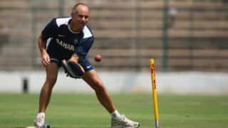IPL 2015: Rajasthan Royals were 30 to 40 runs short against Royal Challengers Bangalore, says Paddy Upton