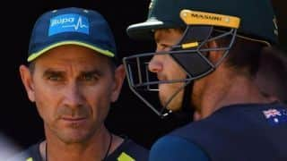 Justin Langer calls on batsmen to step up against Sri Lanka