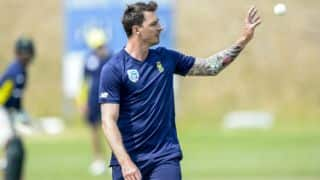 Dale Steyn takes one wicket in his comeback match for Titans
