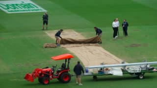 4th Test: Rain dashes fourth morning's play at the SCG