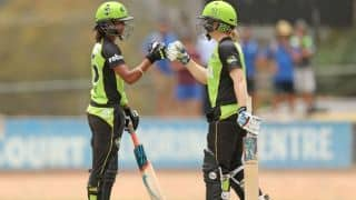 Women's Big Bash League: Harmanpreet Kaur fails score, Sydney Thunder wins over Melbourne Renegades
