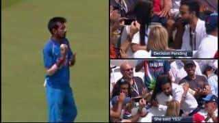 VIDEO: Man proposes a girl during India vs England ODI at Lord's