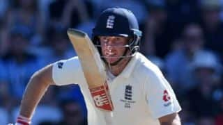 Ashes 2019: Joe Root leads from the front to keep England hopes alive in third Test
