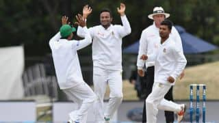 Day 2 highlights: Taylor-Latham partnership, missed chances, Shakib's wily spell and other moments