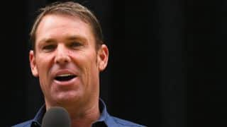 Shane Warne uses Twitter to advertise for new PA