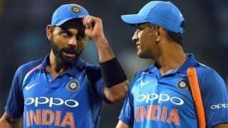 महेंद्र सिंह धोनी को वनडे रैंकिंग में फायदा, विराट नंबर वन पर कायम