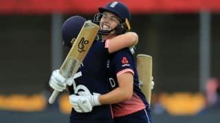 इस महिला क्रिकेटर ने इजाद किया क्रिकेट का नया 'नटमेग शॉट', देखकर रह जाएंगे हैरान