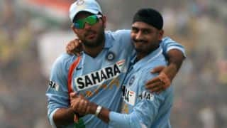Watch Harbhajan pay tribute to 'brother' Yuvraj on his 300th ODI