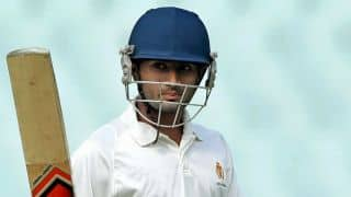 Karnataka close to batting Mumbai out of championship