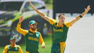 Morne Morkel's five-for helps South Africa limit Australia to 154 in 2nd ODI at Perth