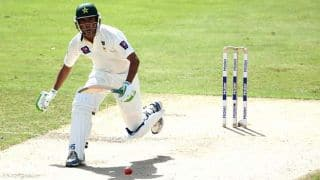 Pakistan vs Australia, 2nd Test at Abu Dhabi: Younis Khan reaches his century
