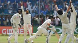 टीम इंडिया ने अपने प्रशंसकों को दी क्रिसमस और नये साल की बधाई