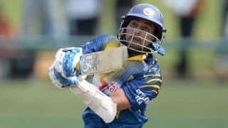 New Zealand vs Sri Lanka 2014-15: Tillakaratne Dilshan dismissed for 19 by Nathan McCullum