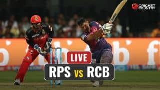 LIVE IPL 2017 Score, RPS vs RCB, IPL 10, Match 34: Smith departs for 45