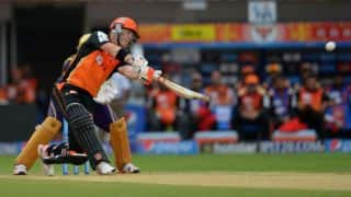 David Warner falls for 81 during SRH vs KXIP match in IPL 2015 at Hyderabad