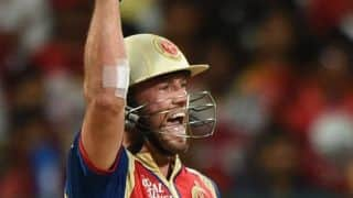 AB de Villiers solid, but wickets keep tumbling for Royal Challengers Bangalore against Kings XI Punjab in IPL 2014