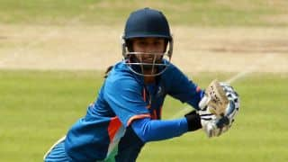 Live Cricket Score, India Women vs New Zealand Women, 4th ODI at Bangalore,  IND 221/2 in 44.2 Overs: India win by 8 wickets level series