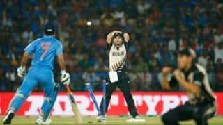 जब भारतीय कप्तान महेंद्र सिंह धोनी रन आउट हुए