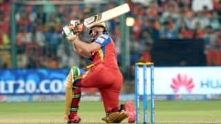 AB de VIlliers scores half-century for Royal Challengers Bangalore vs Rajasthan Royals in IPL 2015