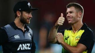 Warner praises AUS aggression, Williamson blames small ground for run-fest