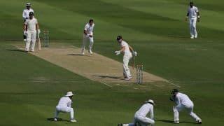 2nd Test, Abu Dhabi: Australia sink further after Mohammad Abbas' burst