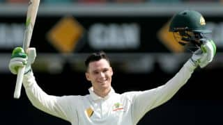 Peter Handscomb: Toying with the idea of trying to hit Yasir Shah over the top