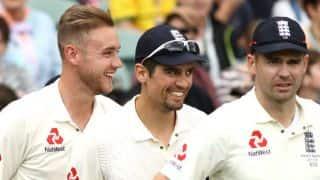 Mitchell Johnson criticises Alastair Cook, Stuart Broad