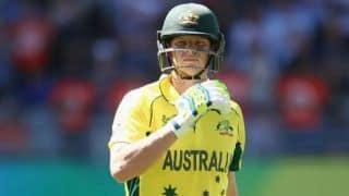 अभ्यास मैच: स्मिथ ने इंग्लैंड के खिलाफ हूटिंग का जवाब शतक से दिया