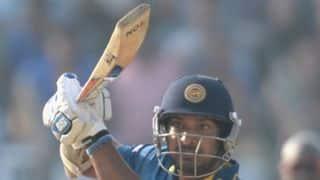 Sri Lanka reach 47/2 after 8 overs