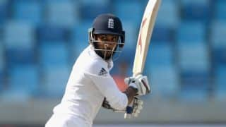 Adil Rashid extends contract with Yorkshire