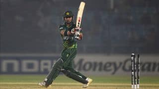 Pakistan steady ship against India in ICC Cricket World Cup 2015