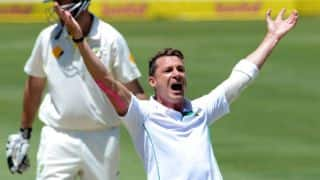 Dale Steyn joins Dennis Lillee at 355 Test wickets