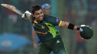 Umar Akmal's half-century helps Pakistan post 168-7 vs New Zealand in 2nd T20I at Hamilton