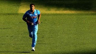 Paksitan in pressure following two quick dismissals against India