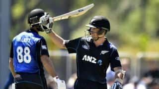 Ronchi, Elliott record stand for 6th wicket