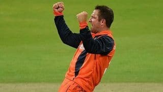 Netherlands beat Ireland again in Tri-Series