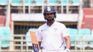 कोहली की गैरमौजूदगी में टेस्ट सीरीज में भारत की कप्तानी कर सकते हैं रोहित